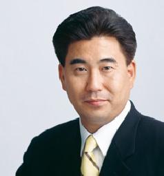 富田 昭雄